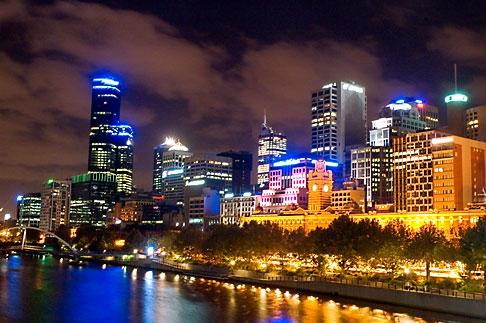 image 5-600-8783 Australia, Melbourne, Downtown skyline