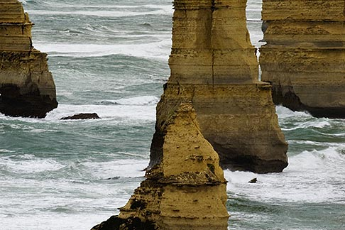 image 5-600-8909 Australia, Victoria, Twelve Apostles, Port Campbell National Park