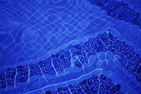 image 3-388-23 Barbados, Holetown, Swimming pool