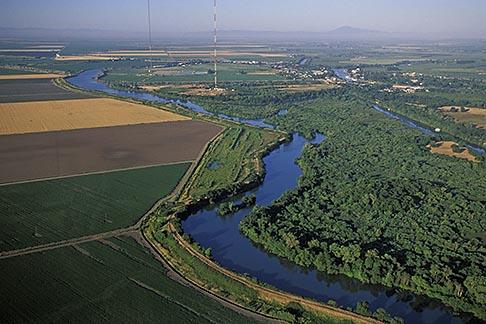 image 2-588-1 California, Delta, Aerial view of Mokelumne River at Walnut Creek