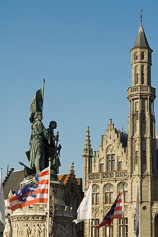 image 8-740-768 Belgium, Bruges, Statue of Jan Breydel and Pieter de Coninck, Provincial Palace