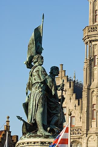 image 8-740-783 Belgium, Bruges, Statue of Jan Breydel and Pieter de Coninck, with Provincial Palace