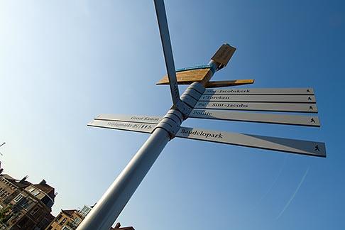 image 8-742-1478 Belgium, Ghent, Signposts