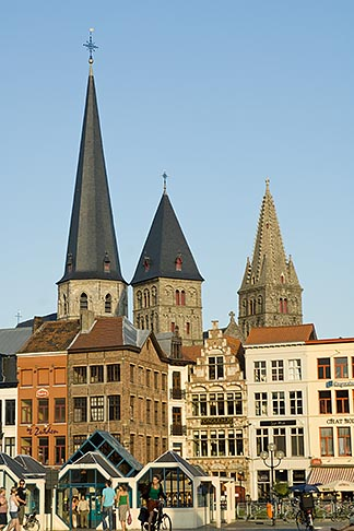 image 8-742-1986 Belgium, Ghent, Church towers
