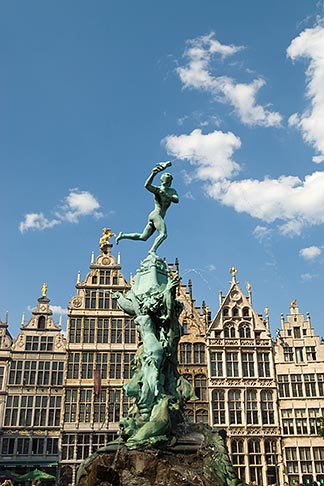 image 8-745-2551 Belgium, Antwerp, Grote Markt, Guild houses and Brabo Statue