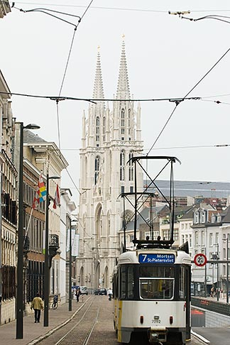 image 8-745-2827 Belgium, Antwerp, Streetcar