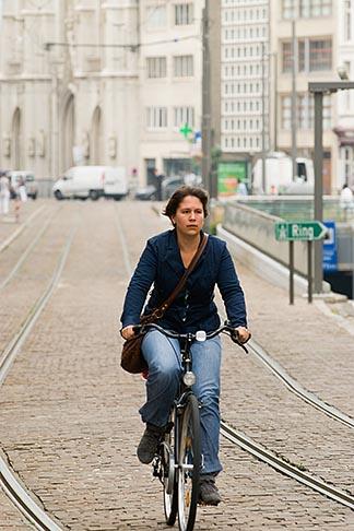 image 8-745-2831 Belgium, Antwerp, Bicyclist
