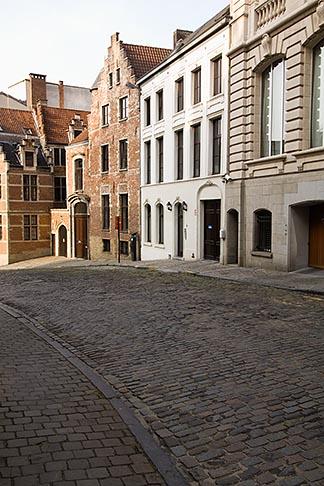 image 8-746-2896 Belgium, Brussels, Street scene, Wildewoudstraat