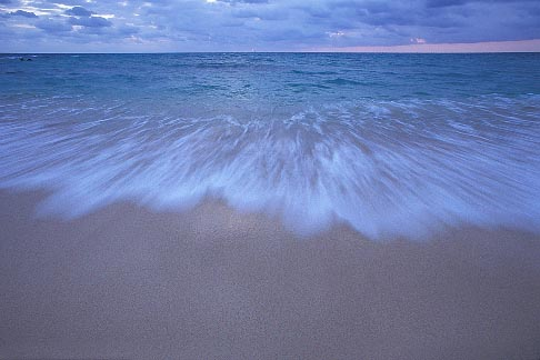 image 1-600-11 Bermuda, St Catherines Bay, surf