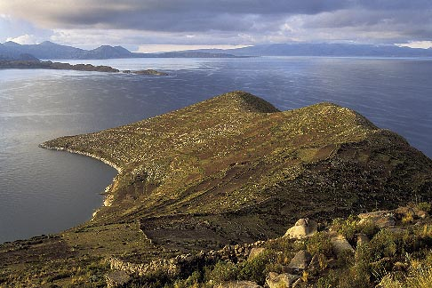 image 3-97-5 Bolivia, Lake Titicaca, View south from Yumani, Isla del Sol