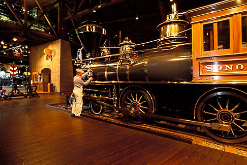 image 1-651-14 California, Sacramento, California State Railroad Musuem