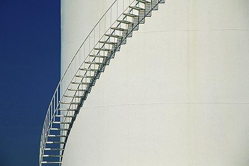 image 4-223-19 Oil Industry, Refinery oil storage tank