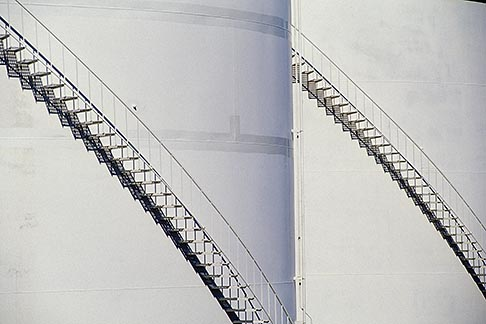 image 4-223-30 Oil Industry, Refinery oil storage tanks