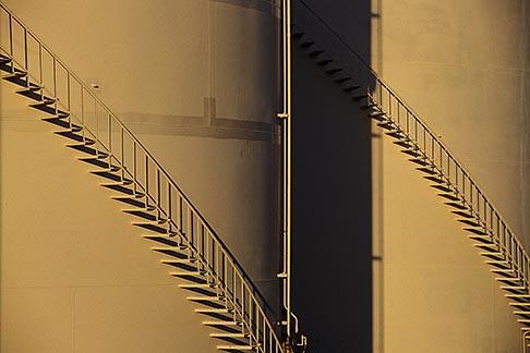 image 4-225-10 Oil Industry, Refinery oil storage tanks