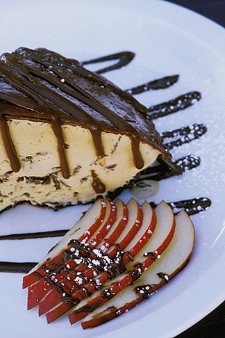 image 5-792-26 Food, Mud Pie ice cream dessert