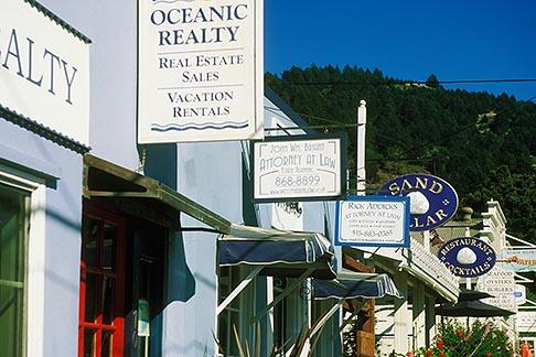 image 5-793-23 California, Stinson Beach, Shops, Highway One