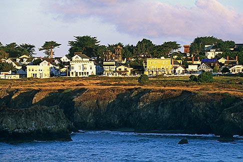 image 6-485-31 California, Mendocino , Town center and coastal bluff