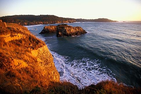 image 6-486-2 California, Mendocino , Mendocino Headlands State Park, Coastal bluffs