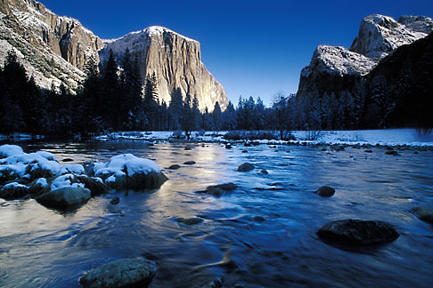 image 7-587-12 Travel Landscape scenic, California, Yosemite National Park, El Capitan and Merced River in winter