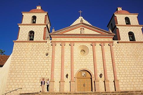 image 9-575-55 California, Missions, Mission Santa Barbara