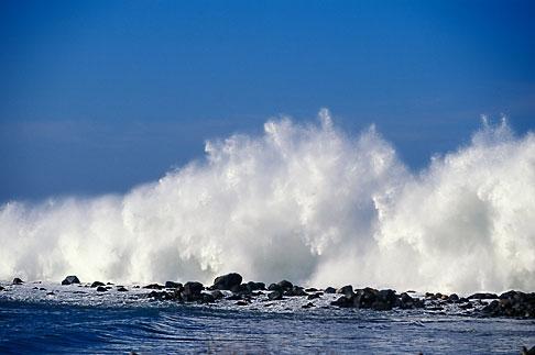 image 9-609-11 California, San Luis Obispo County, Heavy surf, Morro Bay