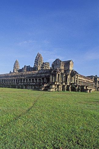 image 0-400-24 Cambodia, Angkor Wat, Main temple