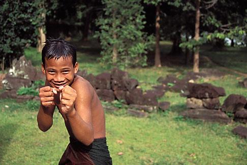 image 0-400-89 Cambodia, Angkor Wat, Young boy