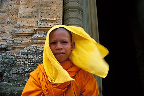 image S3-205-8 Cambodia, Siem Reap, Monk, East Mebon Temple, Angkor Complex