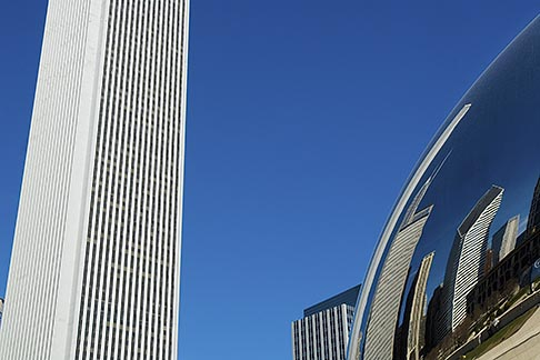 image 6-435-4735 Illinois, Chicago, Millennium Park sculpture and office building