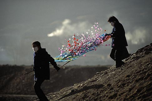 image 4-126-7 China, Gansu Province, Paper flowers to honor the dead, Xiahe