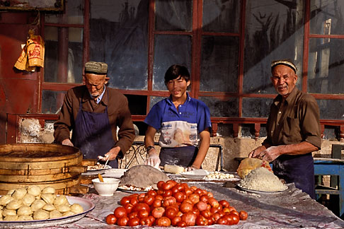 image 4-413-10 China, Kashgar, Dumpling restaurant, Sunday market