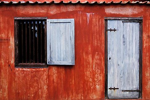image 3-431-42 Curacao, Willemstad, Kura Hulanda Museum, slave quarters