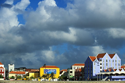 image 3-431-5 Curacao, Willemstad, Otrobanda waterfront