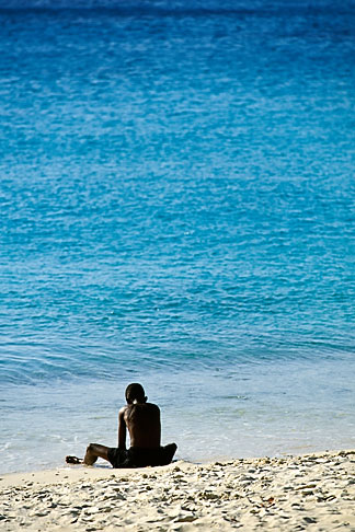 image 3-433-9 Curacao, Knip Beach, young boy playing