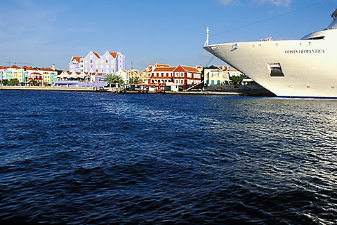 image 3-434-3 Curacao, Willemstad, Cruise ship at dock