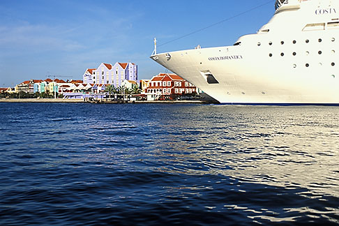 image 3-434-7 Curacao, Willemstad, Cruise ship at dock