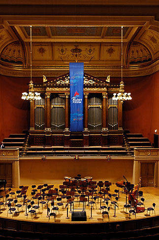 image 4-960-431 Czech Republic, Prague, Rudolfinum concert hall
