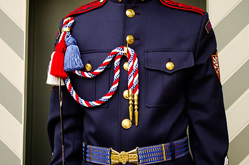 image 4-960-536 Czech Republic, Prague, Honor guard at Hradcany Castle