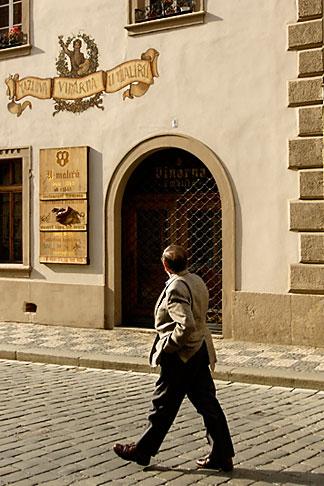 image 4-960-661 Czech Republic, Prague, Street scene