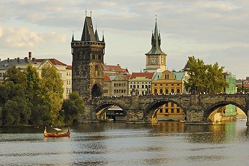 image 4-960-715 Czech Republic, Prague, Charles Bridge over the River Vlatava
