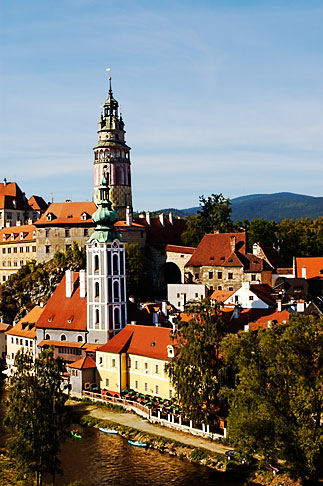image 4-960-953 Czech Republic, Cesky Krumlov, Cesky Krumlov castle and River Vlatava