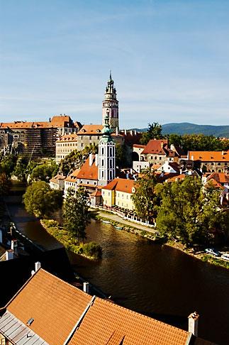image 4-960-954 Czech Republic, Cesky Krumlov, Cesky Krumlov castle and River Vlatava