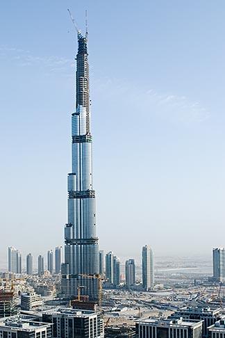 image 8-730-1515 United Arab Emirates, Dubai, Burj Dubai tower and surrounding construction