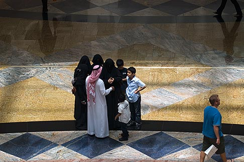 image 8-730-1897 United Arab Emirates, Dubai, Shopping mall interior
