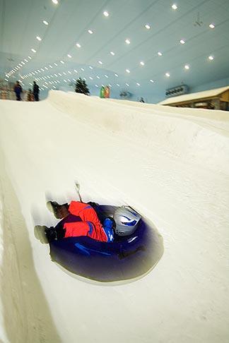 image 8-730-87 United Arab Emirates, Dubai, Ski Dubai, indoor ski area