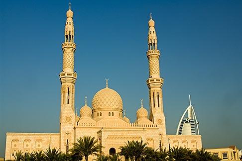 image 8-730-9602 United Arab Emirates, Dubai, Mosque and minarets