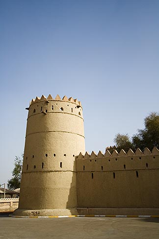 image 8-730-9775 United Arab Emirates, Abu Dhabi, Al Ain, Al Jahili Fort, built in 1898