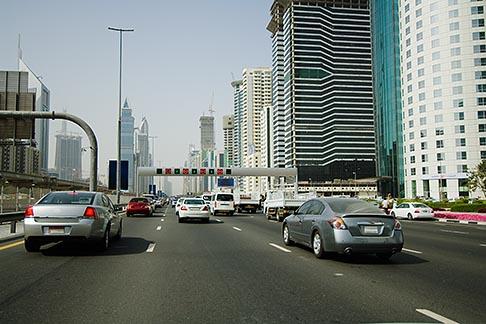image 8-730-9985 United Arab Emirates, Dubai, Sheikh Zayed Road, traffic