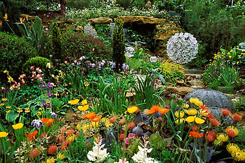 image 3-753-55 England, Chelsea Flower Show, Hasmead Octopus Garden