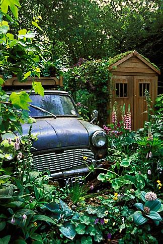 image 3-755-86 England, Chelsea Flower Show, The Mini Garden by Sulis Garden Design